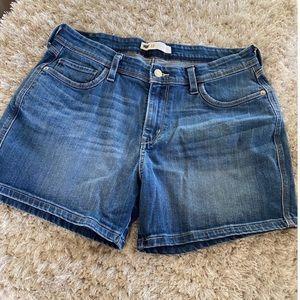 Levi's High Rise Jean Shorts Size 12